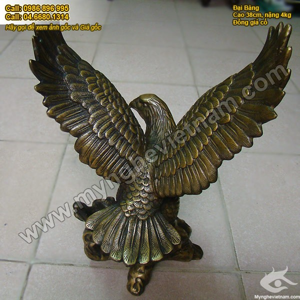Tượng đại bàng bằng đồng giả cổ cao 38cm