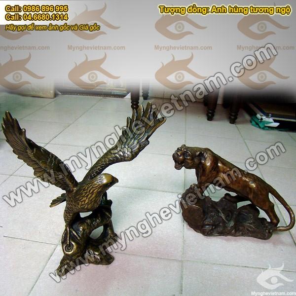 Tượng đại bàng bằng đồng giả cổ cao 38cm 1