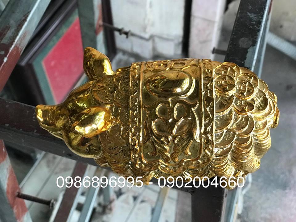 tượng heo bằng đồng mạ vàng, tượng heo vàng áo giáp tiền