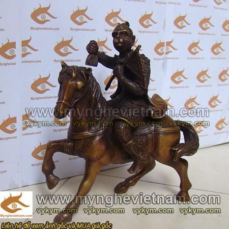 tượng khỉ cưỡi ngựa phong thủy cao 20cm, mã thượng phong hầu0