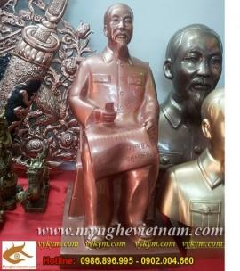 Tượng Bác Hồ ngồi đọc báo,cao 43cm,đồng đỏ,tượng Bác Hồ