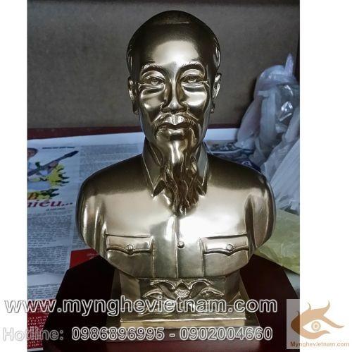Tượng Bác Hồ cao 25cm, tượng đồng bày bàn làm việc, kệ sách, tặng quà lưu niệm