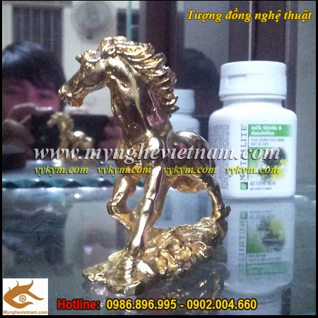 Ngựa đồng, mạ vàng 9999, mạ vàng ta,ngựa phong thủy, mã đáo thành công,đơn mã,tượng ngựa đẹp