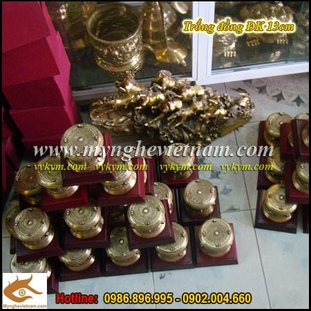 Trống đồng ĐK 13cm,Trống đồng Việt Nam,quà tặng trống đồng,quà tặng đối ngoại