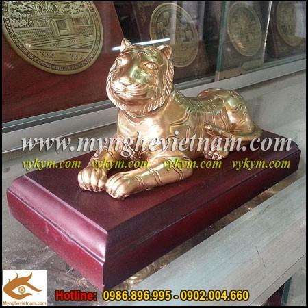 Tượng Hổ đồng, linh vật phong thủy cho người tuổi dần,quà tặng cho người tuổi Dần
