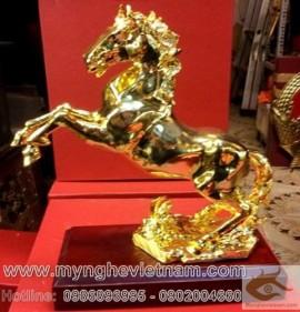 Ngựa mạ vàng, ngựa đồng mạ vàng, ngựa phi chân, ngựa phong thủy, ngựa mã đáo thành công