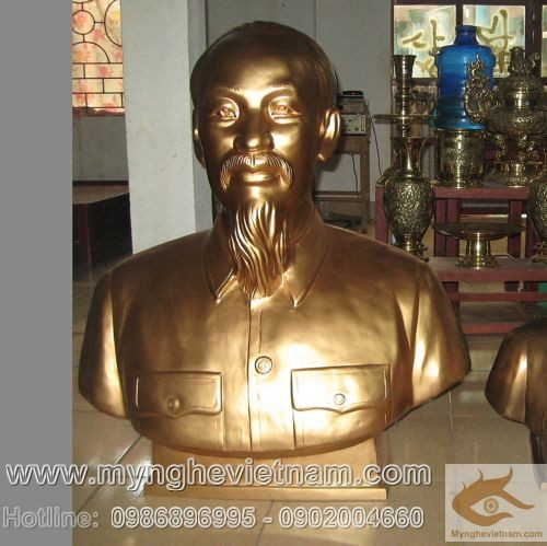 Tượng Bác Hồ cao 1m1, tượng bằng đồng, trang trí hội trường
