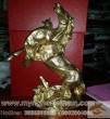 Tượng ngựa đồng, sói cắn ngựa cao 30cm