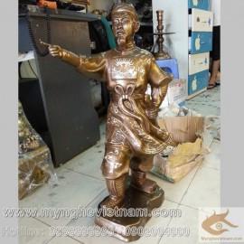 Tượng Trần Hưng Đạo chỉ tay cao 70cm