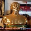 Tượng Bác Hồ bán thân mạ vàng cao 80cm