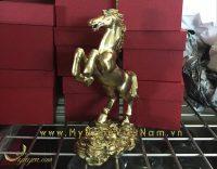 tượng ngựa đồng phi thiên đứng tiền 2