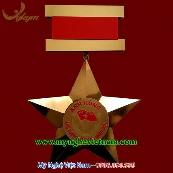 Làm huân huy chương bằng đồng