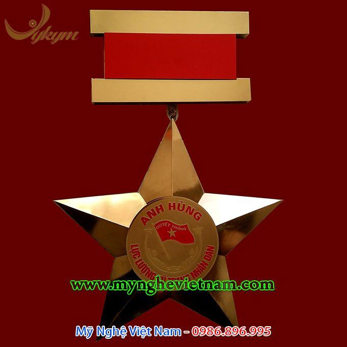 Làm huân huy chương bằng đồng loại trang trí phòng truyền thống0