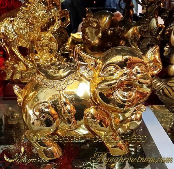 tượng heo đồng mạ vàng phong thủy cao cấp