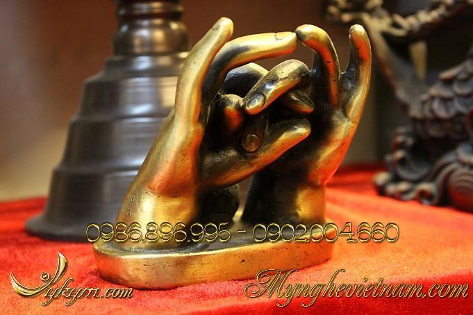 bàn tay chiêu tài, vật phẩm phong thủy cầu tai