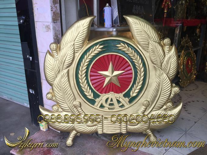 huy hiệu công an nhân dân đúc bằng nhựa composite