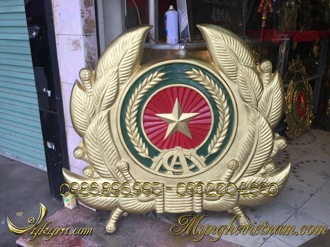 Huy hiệu công an nhân dân đúc 1m2 composite0
