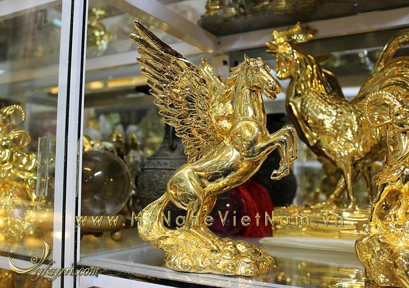 Tượng ngựa đồng có cánh trang trí phong thủy quà tặng 25cm0
