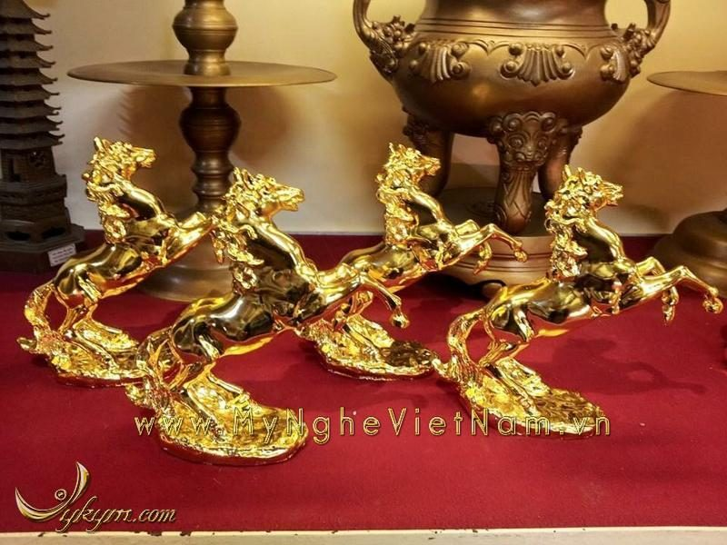 tượng ngựa đồng mạ vàng 24k