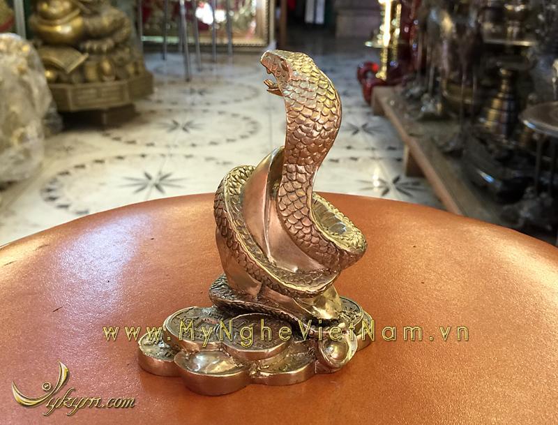 tượng 12 con giáp bằng đồng, tượng rắn đồng