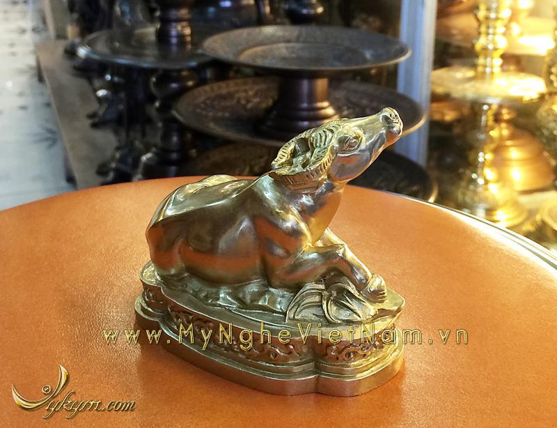 tượng 12 con giáp bằng đồng, tượng trâu đồng 1