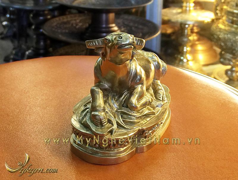 tượng 12 con giáp bằng đồng, tượng trâu đồng
