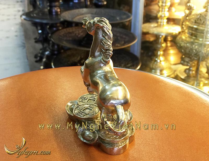 tượng 12 con giáp bằng đồng, tượng ngựa đồng