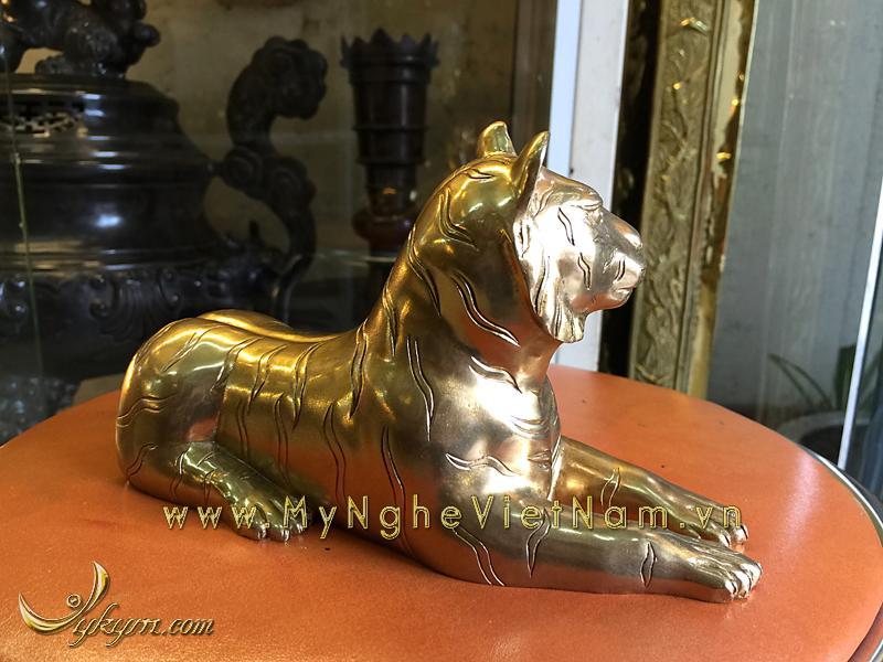 tượng hổ nằm bằng đồng dài 20cm 3