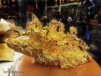 tượng bát mã bằng đồng mạ vàng, tượng mã đáo thành công