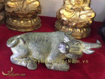tượng trâu đồng nằm giả cổ dài 20cm