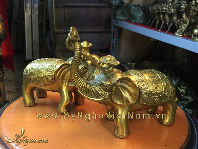 tượng voi đồng ngậm tiền ngậm gậy như ý 10cm