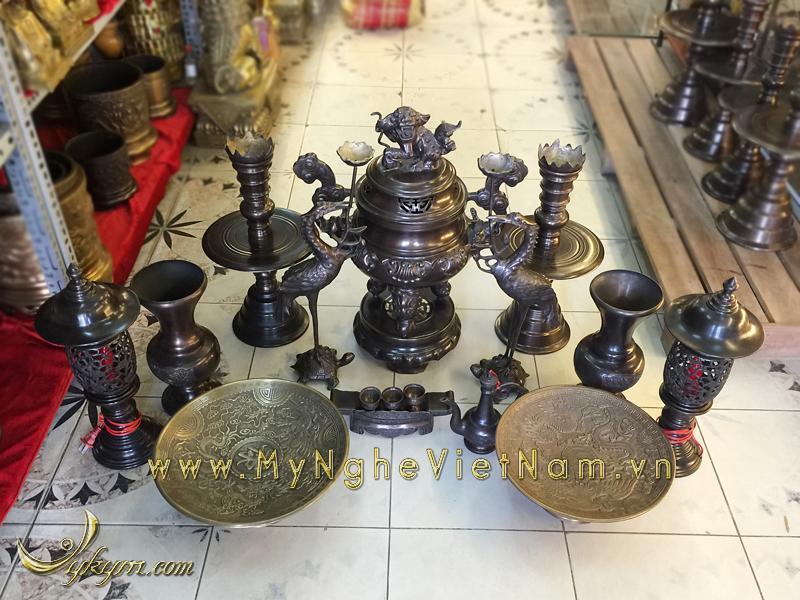 bộ đỉnh thờ hun đen giả cổ hoa sòi 60cm mâm bồng hoa quả đèn thờ đồng