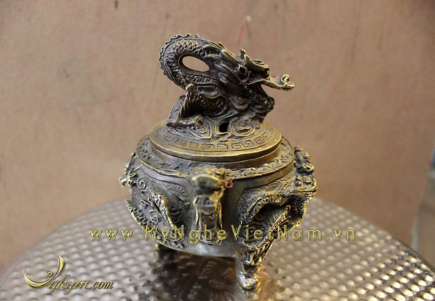 đỉnh đốt trầm nắp rồng tai rồng bằng đồng