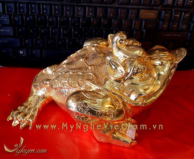 cóc 3 chân đầu có sừng bằng đồng mạ vàng dài 30cm