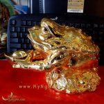 cóc ba chân ngồi tiền bê thỏi vàng