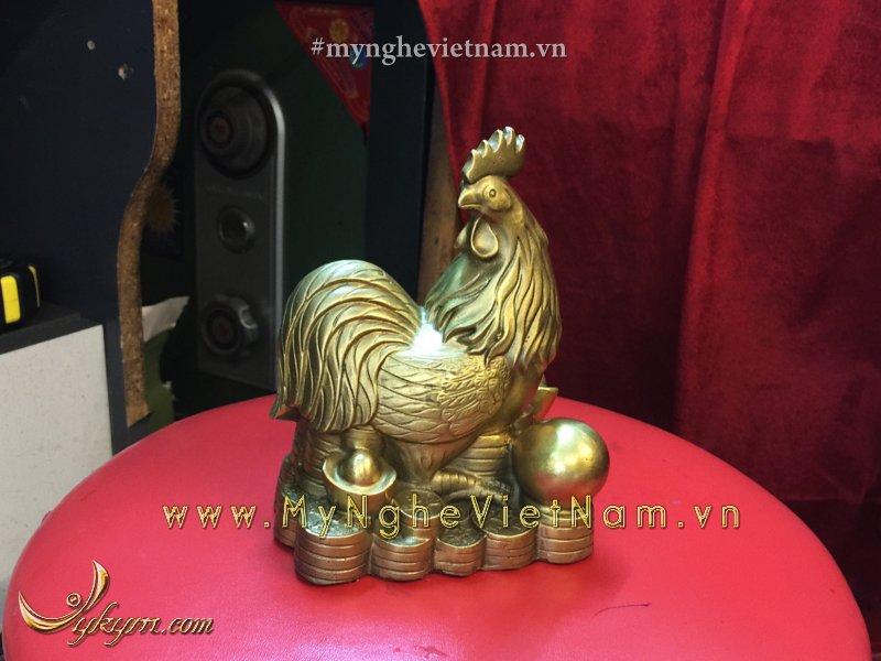 Tượng gà đồng chầu ngọc ngồi trên tiền 10cm0