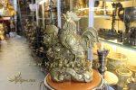 tượng gà đồng phong thủy cao cấp năm đinh dậu cao 40cm đứng gậy như ý hoa hồng