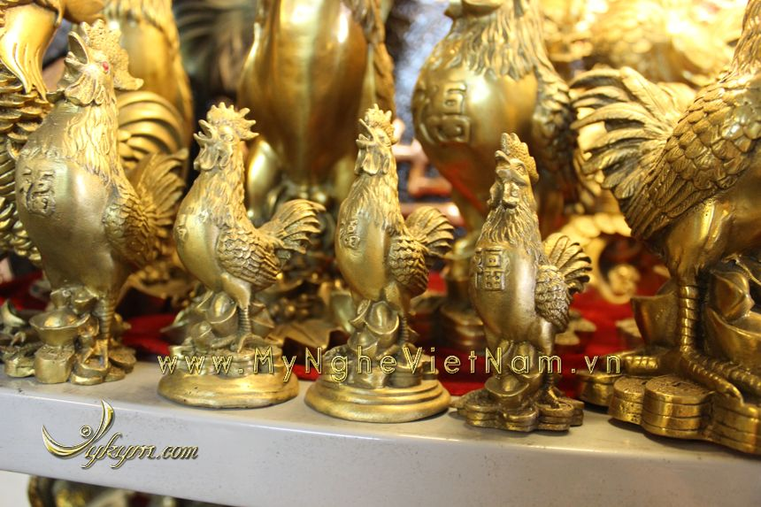 tượng gà đứng tiền, tượng gà đồng phong thủy cao cấp năm đinh dậu đứng tiền hoa hồng