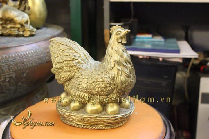 tượng gà đẻ trứng vàng bằng đồng