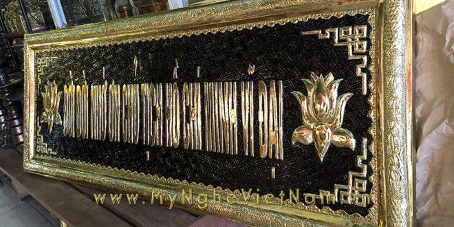 đại tự câu đối bày bàn thờ hồ chủ tịch bác hồ