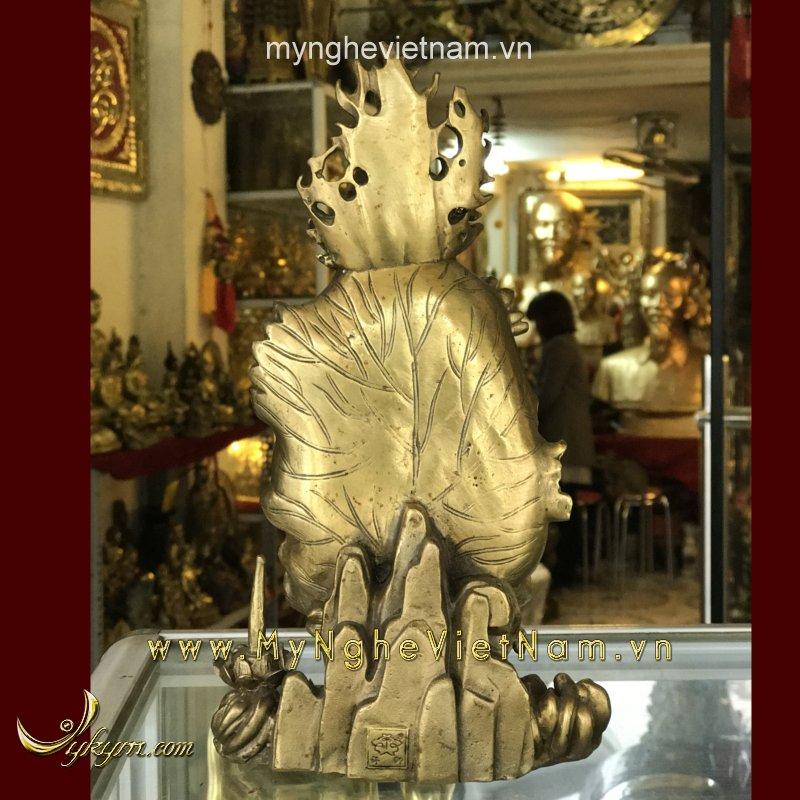 tượng quán thế âm bồ tát ngồi lá sen đỉnh phật tổ