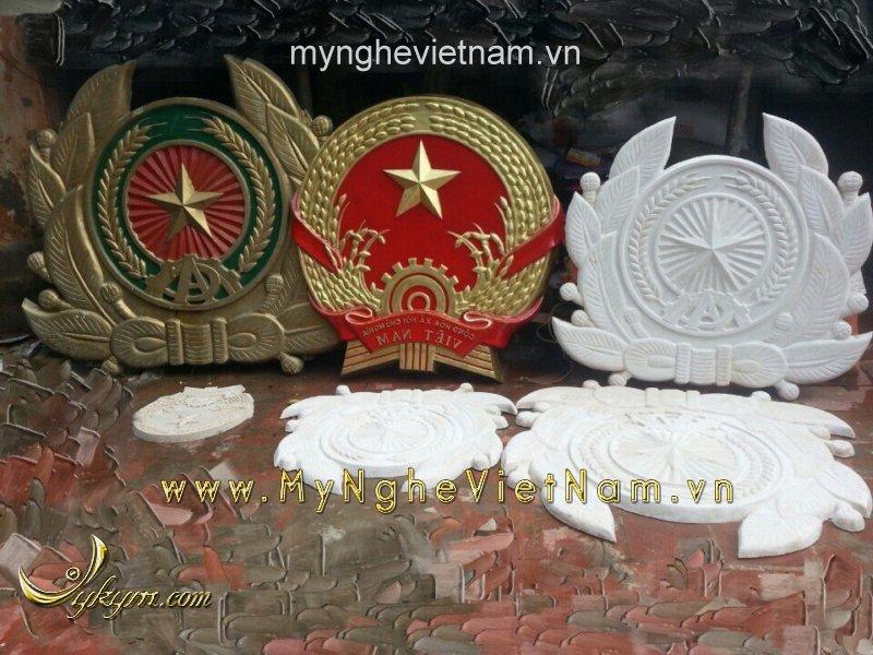 Nơi sản xuất logo huy hiệu công an quân đội, quốc huy bằng nhựa composite0