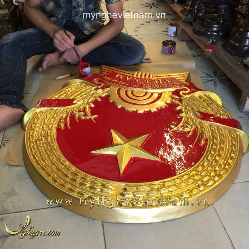 quốc huy mạ vàng đk 76cm