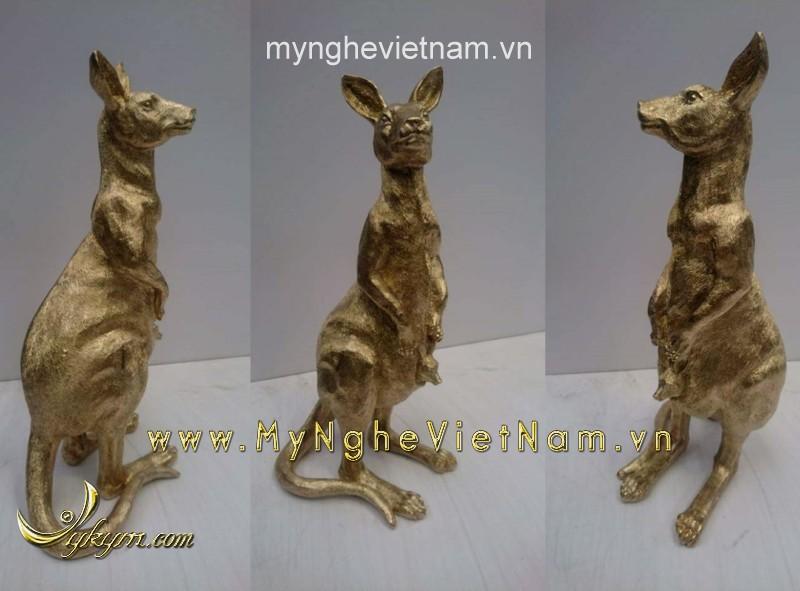tượng kangaroo bằng đồng0