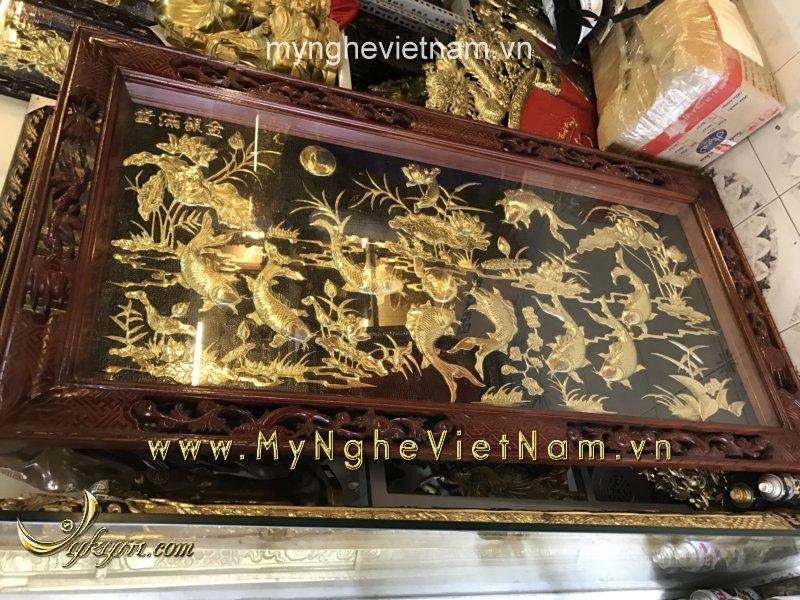 Tranh 9 con cá chép hoa sen bằng đồng