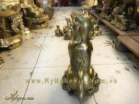 tượng chó đồng, tượng chó phong thủy, tượng chó mạ vàng, tượng chó quà tặng, tượng chó bằng đồng, tượng chó cao cấp, tượng chó vàng