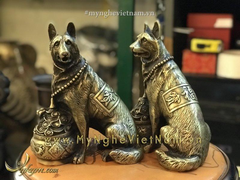 Tượng chó béc giê bằng đồng phong thủy hũ tiền 20cm0