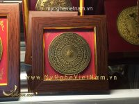 Tranh quà tặng mặt trống đồng 15x15cm để bàn