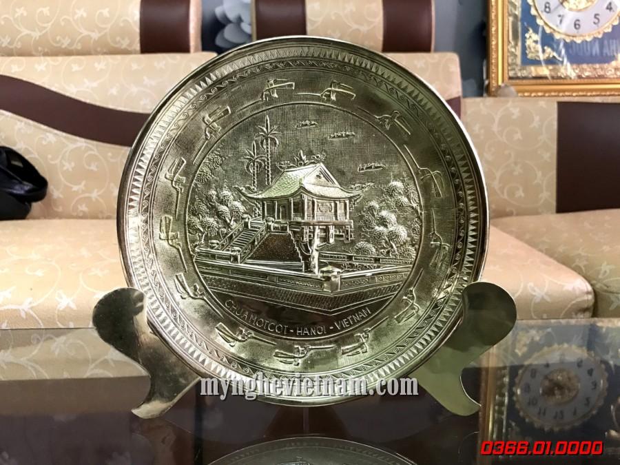 Đĩa quà tặng chùa 1 cột bằng đồng đk 19cm0