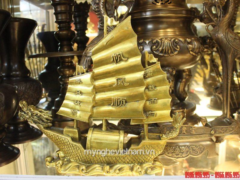 Tượng thuyền rồng bằng đồng cao 16cm để bàn làm việc